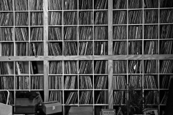 recordloft-AT8W0751